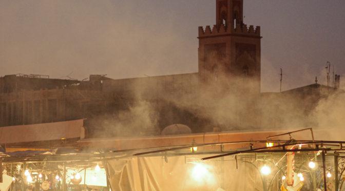 Auf dem djemaa el fna in Marrakesch